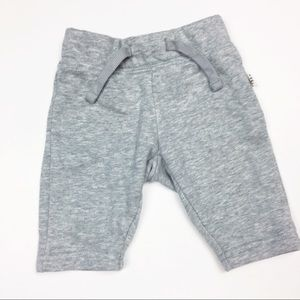 "Baby Gap ""Always On Essential Pants"" in Gray 0-3M"